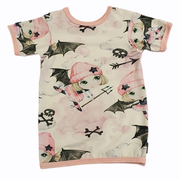 Bilde av T-Skjorte - BAT GIRL